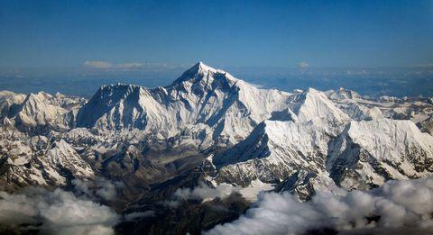 Mountainous landforms, Mountain range, Winter, Summit, Glacial landform, Mountain, Arête, Ridge, Snow, Alps,