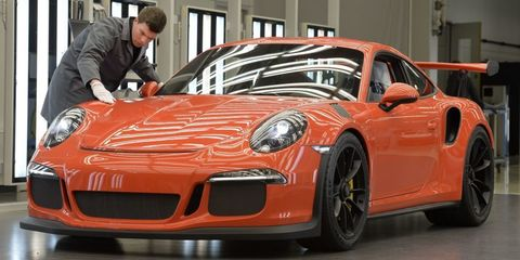 Where Is Porsche Made >> These Photos Take You Inside Germany S Porsche Factory