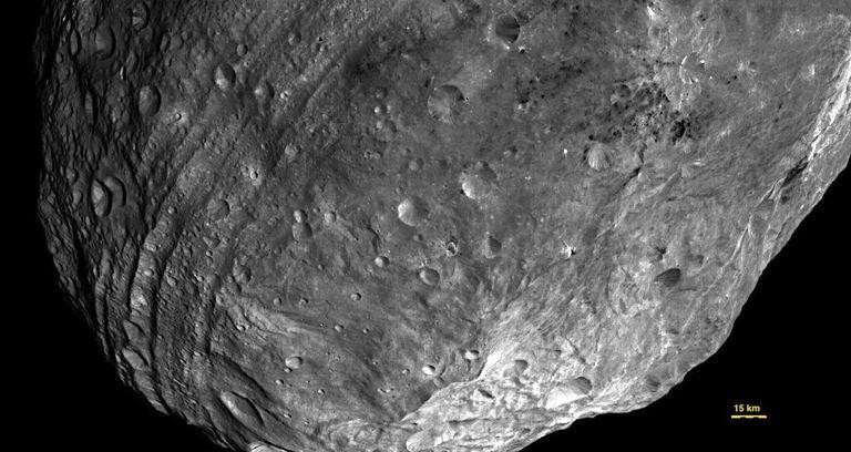 Explore The Asteroid Vesta With Nasa S New App