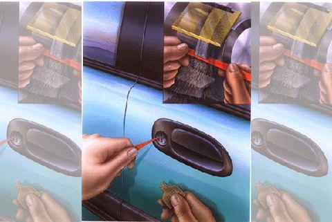 Finger, Nail, Paint, Thumb, Vehicle door, Door handle, Baggage, Painting,