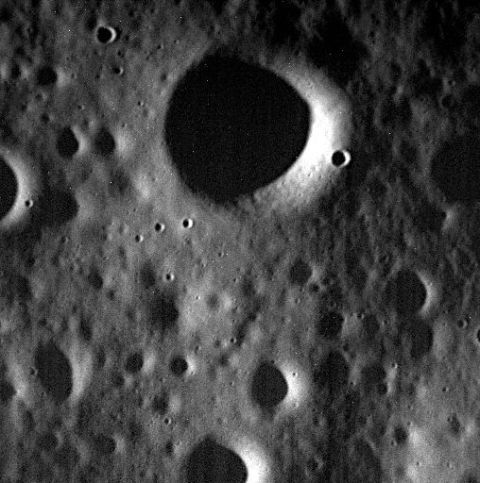 Astronomical object, Atmosphere, Space, Circle, Astronomy, Black-and-white, Science, Outer space, Universe, Moon,