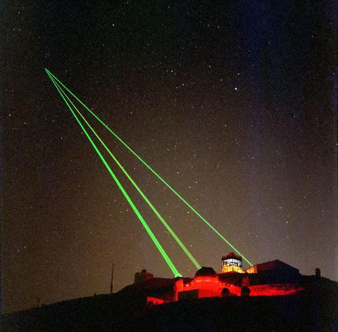 Night, Star, Space, Astronomical object, Slope, Astronomy, Laser, Midnight, Visual effect lighting, Constellation,