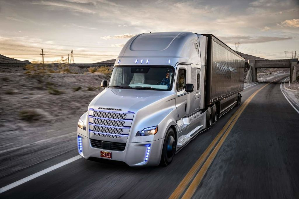 There Are Plans to Build a Robot Highway for Self-Driving Trucks