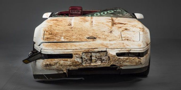See How GM Saved the 1 Millionth Corvette From a Sinkhole
