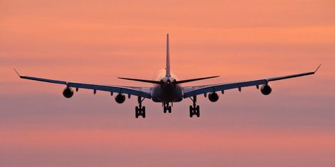 Airplane, Sky, Daytime, Aircraft, Airliner, Airline, Aircraft engine, Wide-body aircraft, Air travel, Aerospace engineering,