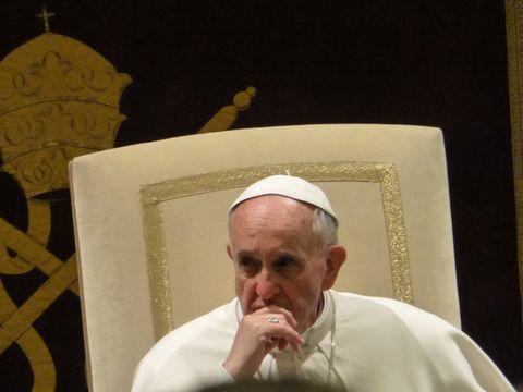 Ear, Temple, Bishop, Ritual, Clergy, Presbyter, Vestment, Priesthood, Bishop, Artifact,