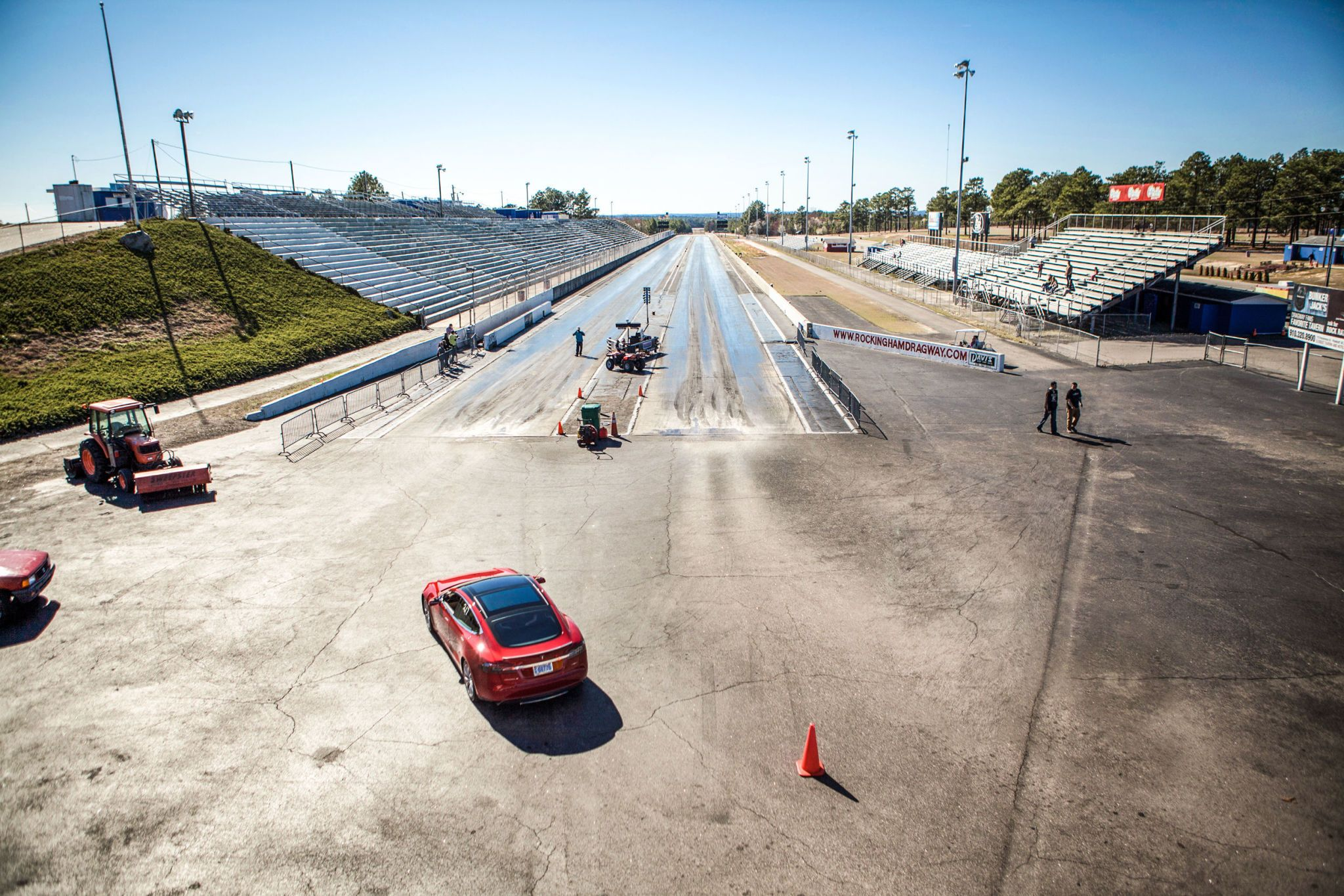 Watch the Tesla D Dominate at the Drag Strip