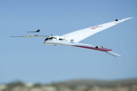 Airplane, Sky, Aircraft, Flight, Aviation, Air travel, Wing, Aerospace engineering, General aviation, Monoplane,
