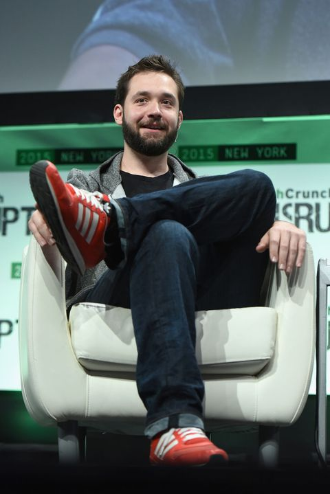"<p><strong>Known as</strong>: The co-founder of Reddit</p><p><strong>How He's Changing the Game</strong>: Beyond establishing one of the <a target=""_blank"" href=""http://www.reddit.com/"">most popular user-generated news sites</a> on the Internet today, Ohanian is also a fierce advocate for open Internet laws. He campaigned heavily against the Stop Online Piracy Act in 2010 and the Protect IP Act in 2011, and is now partner at Y Combinator.</p>"