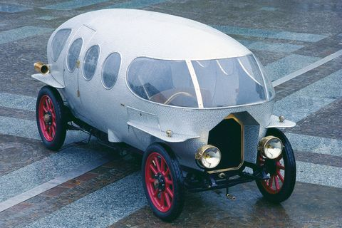 Early aero attempt. Milanese Count Marco Ricotti had Carrozzeria Castagna shape this body for an A.L.F.A. (before it was Alfa Romeo) 40/60 horsepower chassis.