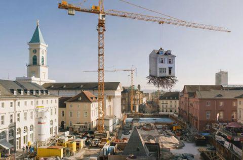 Sky, Window, Neighbourhood, Town, City, Crane, Channel, Roof, Mixed-use, Watercraft,