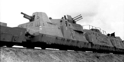 Transport, Photograph, Iron, Military vehicle, Metal, Combat vehicle, Machine, Ship, Self-propelled artillery,