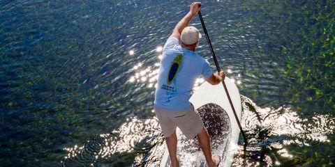 Surfing Equipment, Watercraft, Recreation, Surface water sports, Surfboard, Human leg, Summer, Outdoor recreation, Knee, People in nature,