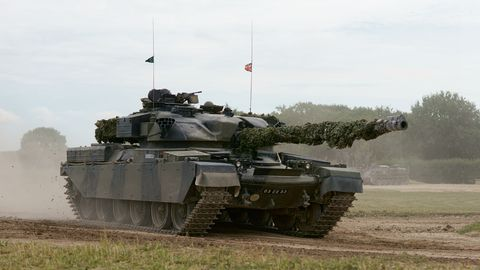Tank, Mode of transport, Combat vehicle, Military vehicle, People, Army, Self-propelled artillery, Military, Military organization, Machine,