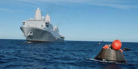 Liquid, Naval ship, Watercraft, Ocean, Naval architecture, Boat, Navy, Sea, Ship, Destroyer,
