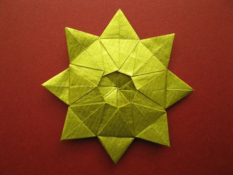 Green, Colorfulness, Pattern, Paper product, Paper, Creative arts, Origami, Origami paper, Art paper, Symmetry,
