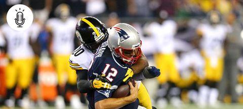 Football helmet, Sports uniform, Jersey, Yellow, Sports gear, Football equipment, Football gear, Trousers, Sportswear, Helmet,