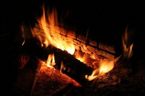 Wood, Flame, Heat, Fire, Atmosphere, Orange, Amber, Gas, Bonfire, Campfire,