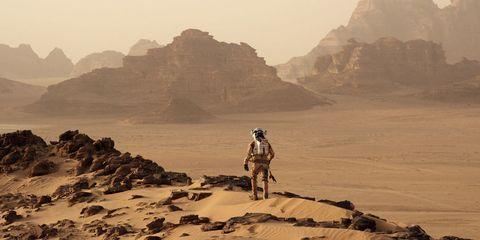 Natural environment, Mountainous landforms, Sand, Landscape, Aeolian landform, Mountain, Geology, Desert, Valley, Travel,