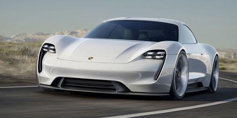 Tire, Motor vehicle, Wheel, Mode of transport, Automotive design, Vehicle, Land vehicle, Car, Rim, Automotive lighting,