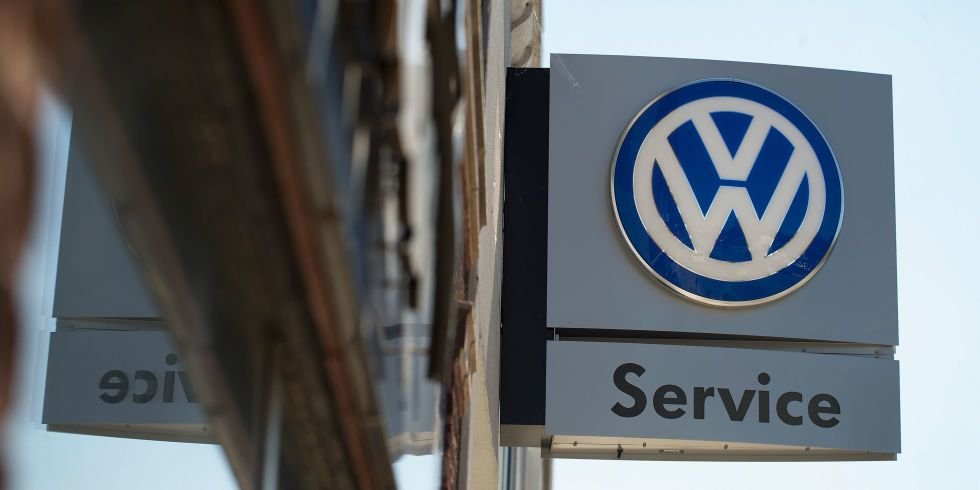 Volkswagen Will Pay Its Dealers for the Diesels They Can't Sell Anymore