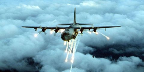 Airplane, Aircraft, Mode of transport, Sky, Cloud, Aviation, Cargo aircraft, Air travel, Propeller-driven aircraft, Military transport aircraft,