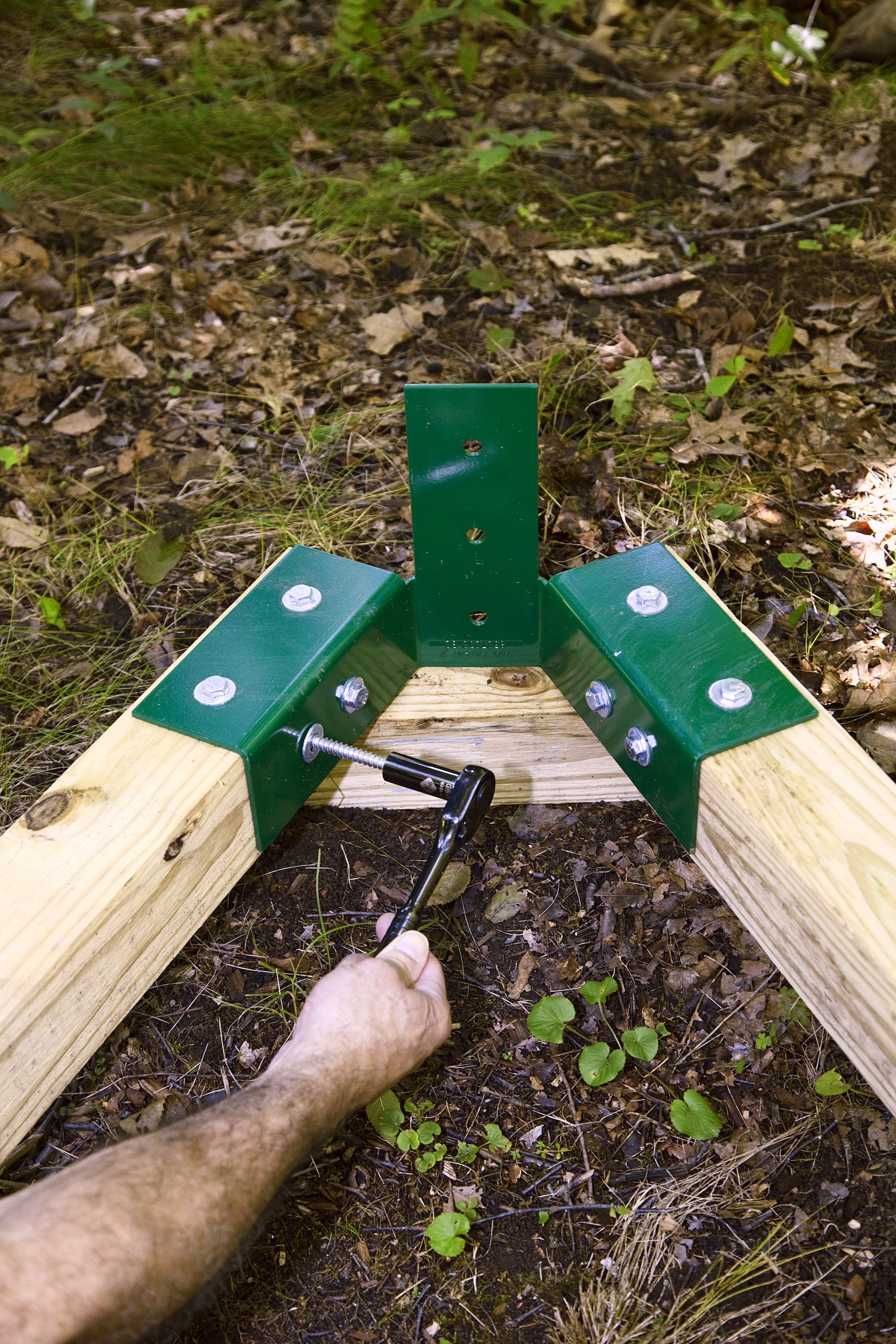 Easy Wooden Swing Set Plans How To Build A Swing Set For