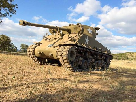 Drive A Tank >> 5 Places You Can Drive A Tank Right Now
