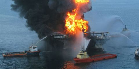 Water, Pollution, Boat, Smoke, Watercraft, Fire, Flame, Ship, Geological phenomenon, Naval architecture,