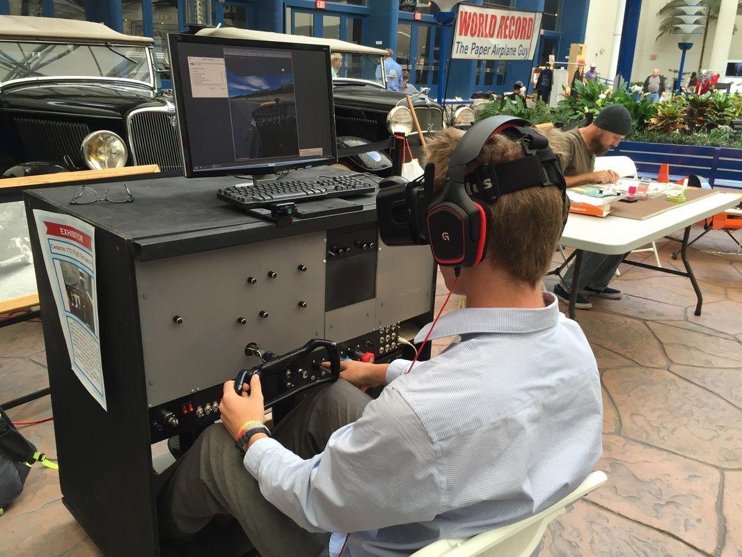 A California Teen Built His Own Cessna 172 Flight Simulator With VR