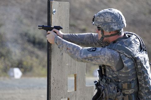new-army-pistol.jpg