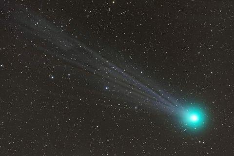 comet-lovejoy-spews-alcohol.jpg