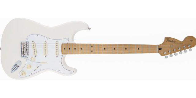 Here\'s Why Jimi Hendrix\'s Backwards Stratocaster Was Awesome