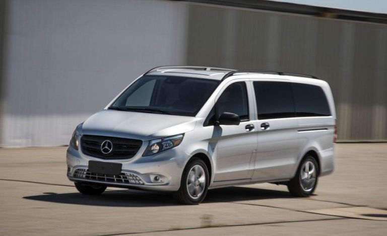 6 vans large enough to haul the whole team for Mercedes benz metris towing capacity