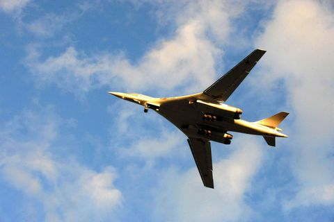 Airplane, Sky, Daytime, Aircraft, Cloud, Flight, Jet aircraft, Atmosphere, Aviation, Cumulus,