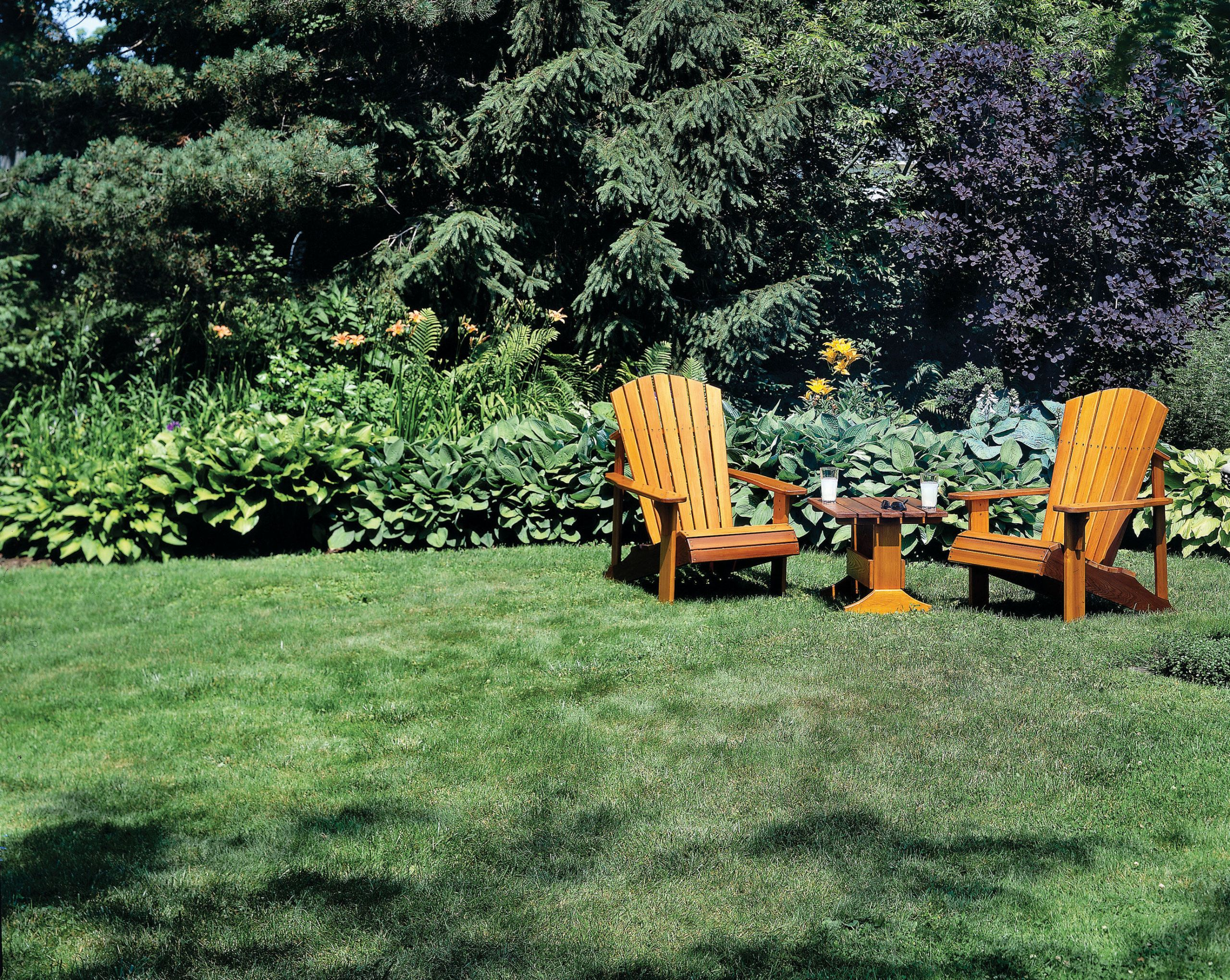 These Adirondack chair plans will help you build an outdoor furniture set that becomes the centerpiece of your backyard. & Easy Adirondack Chair Plans - How to Build Adirondack Chairs \u0026 Tables