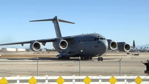 Airplane, Aircraft, Aircraft engine, Aviation, Aerospace engineering, Airline, Service, Airliner, Jet aircraft, Jet engine,