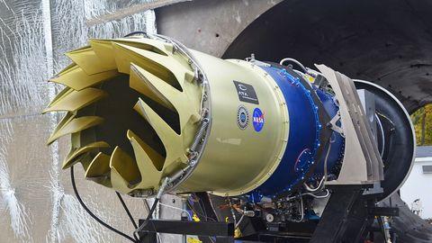 New Jet Engine Brake Muffles Airplane Landings