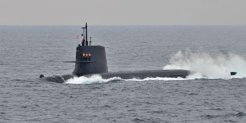 Ballistic missile submarine, Liquid, Submarine, Water, Water resources, Waterway, Watercraft, Fluid, Ocean, Navy,