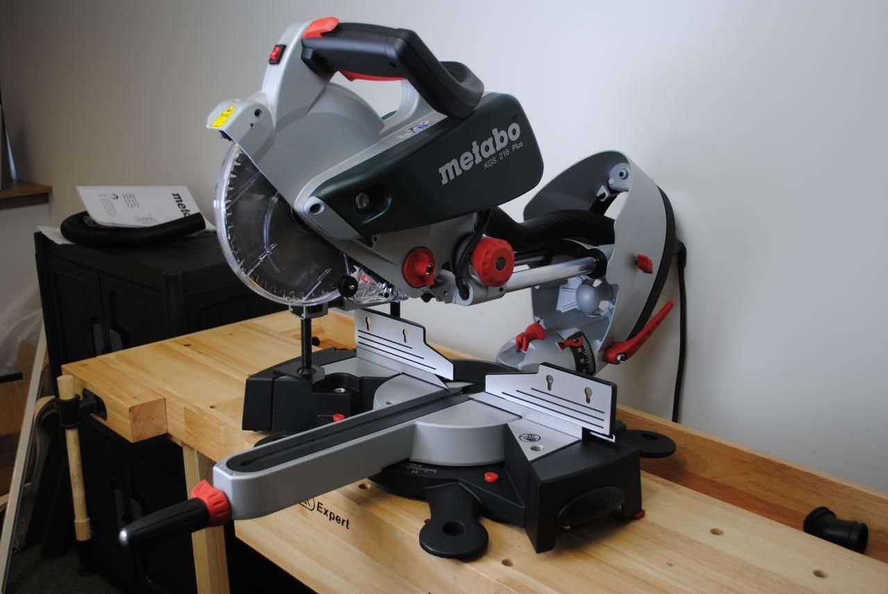 How to buy a compound miter saw why you need a compound miter saw keyboard keysfo Images