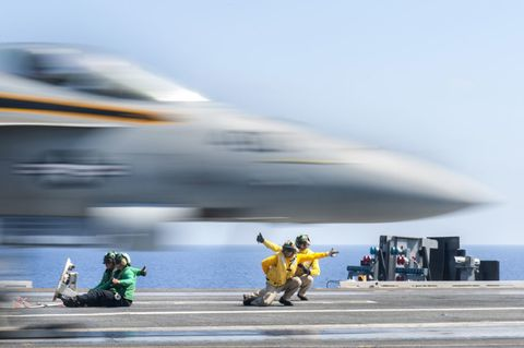 F-18 Super Hornet — Why the F/A-18 Is Such a Badass Plane