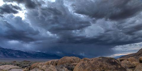 Nature, Cloud, Rock, Plant community, Landscape, Atmosphere, Bedrock, Outcrop, Ecoregion, Geology,