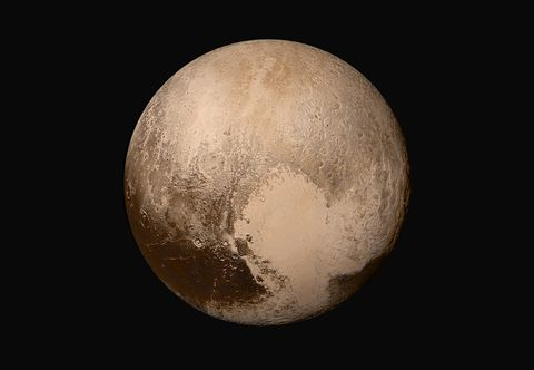 The first revealed view of the dwarf planet Pluto just before the New Horizons flyby, displaying a strange world varied terrain and strange geologic processes the New Horizons team is only just beginning to understand. This was the last photo taken before New Horizons began its flyby. (Source)