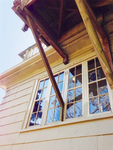 Wood, Window, Property, Daylighting, House, Real estate, Glass, Fixture, Hardwood, Tints and shades,