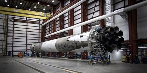 SpaceX Releases Photos of Its Undamaged Falcon 9