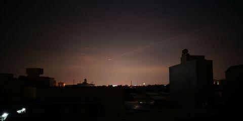 Atmosphere, Dusk, Neighbourhood, Darkness, Evening, Urban area, Town, Horizon, Night, Atmospheric phenomenon,