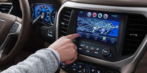 Motor vehicle, Steering part, Blue, Steering wheel, Electronic device, Automotive design, Vehicle audio, Transport, Center console, Radio,