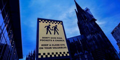 pickpocket-phones-pants.jpg