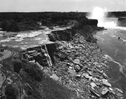 Coastal and oceanic landforms, Coast, Bedrock, Rock, Terrain, Geology, Outcrop, Geological phenomenon, Formation, Promontory,
