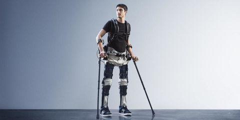 exoskeleton-suit-paraplegics.jpg